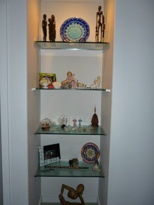 Table tops and glass shelves